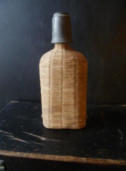 画像1: フランスアンティーク&ブロカント 籐編みボトル&ピューターグラス (1)