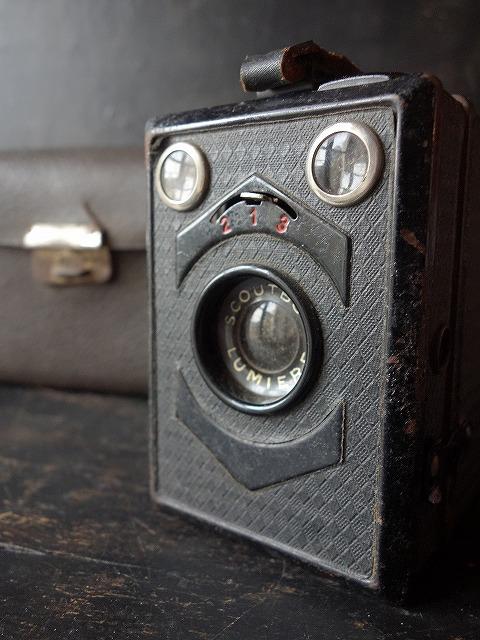フランスヴィンテージリュミエールボックスブローニーカメラ